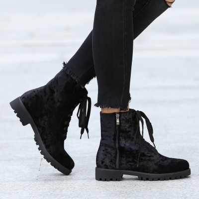 Lace-Up Boots in Velvet Look VLBHOZN